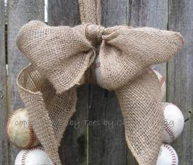 Burlap Baseball Love Wreath