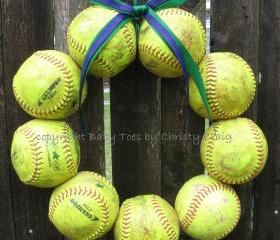 Softball Love Wreath - no hat, no letter